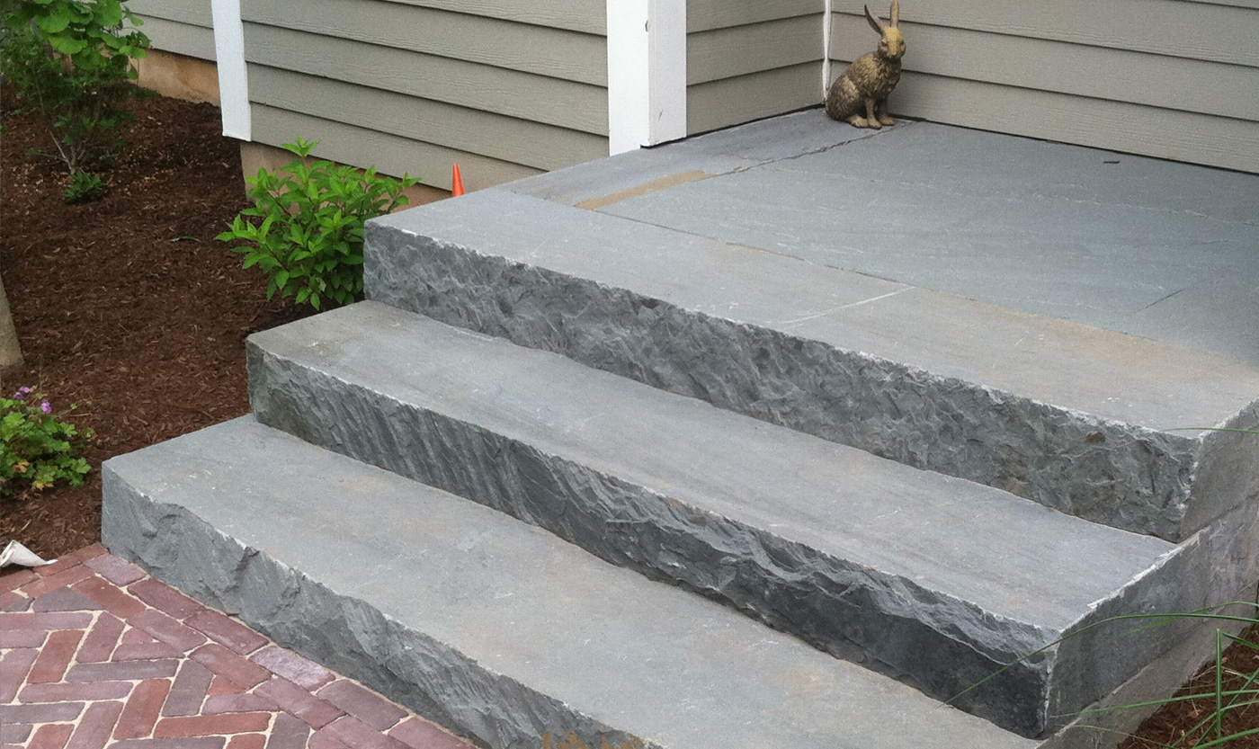 Bluestone steps cording landscape design for Pictures of stone steps