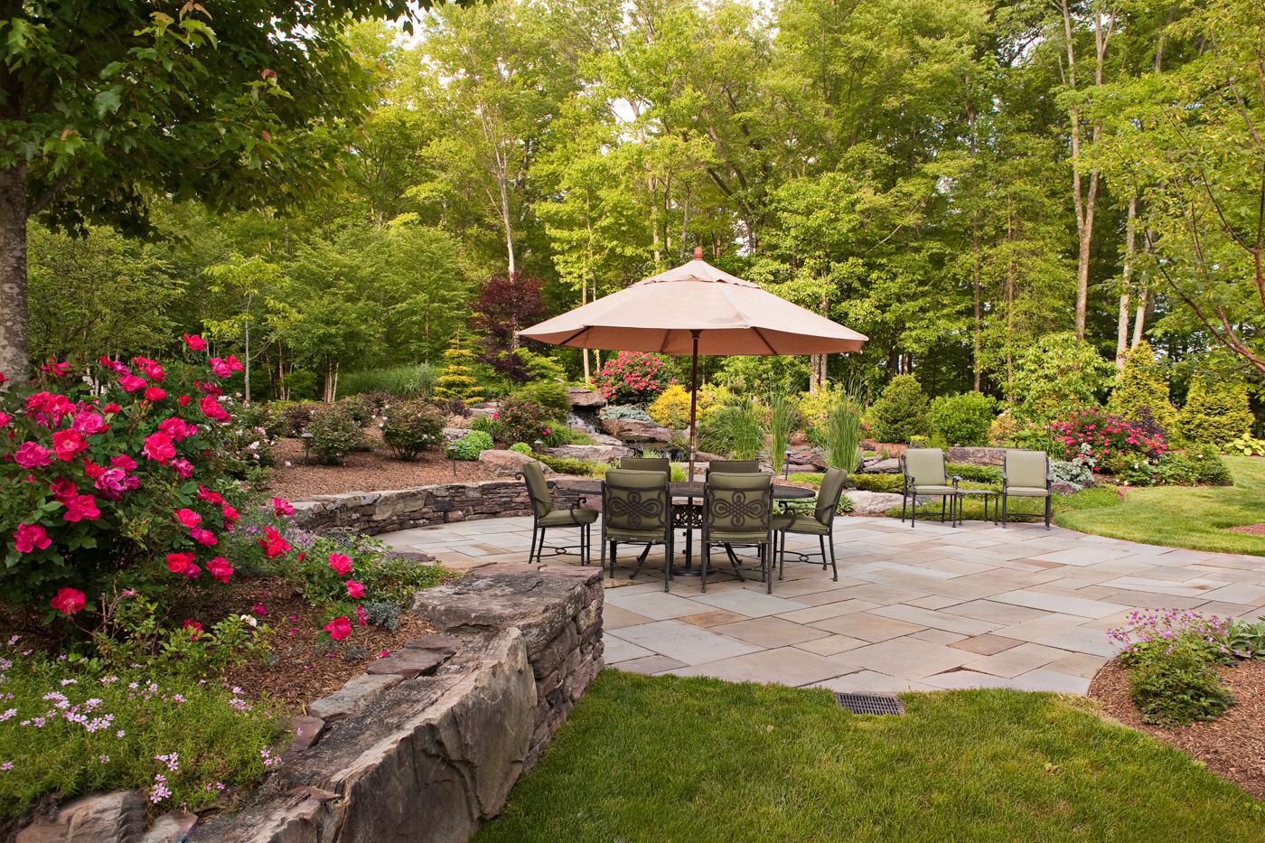 Bluestone Patio Landscaping
