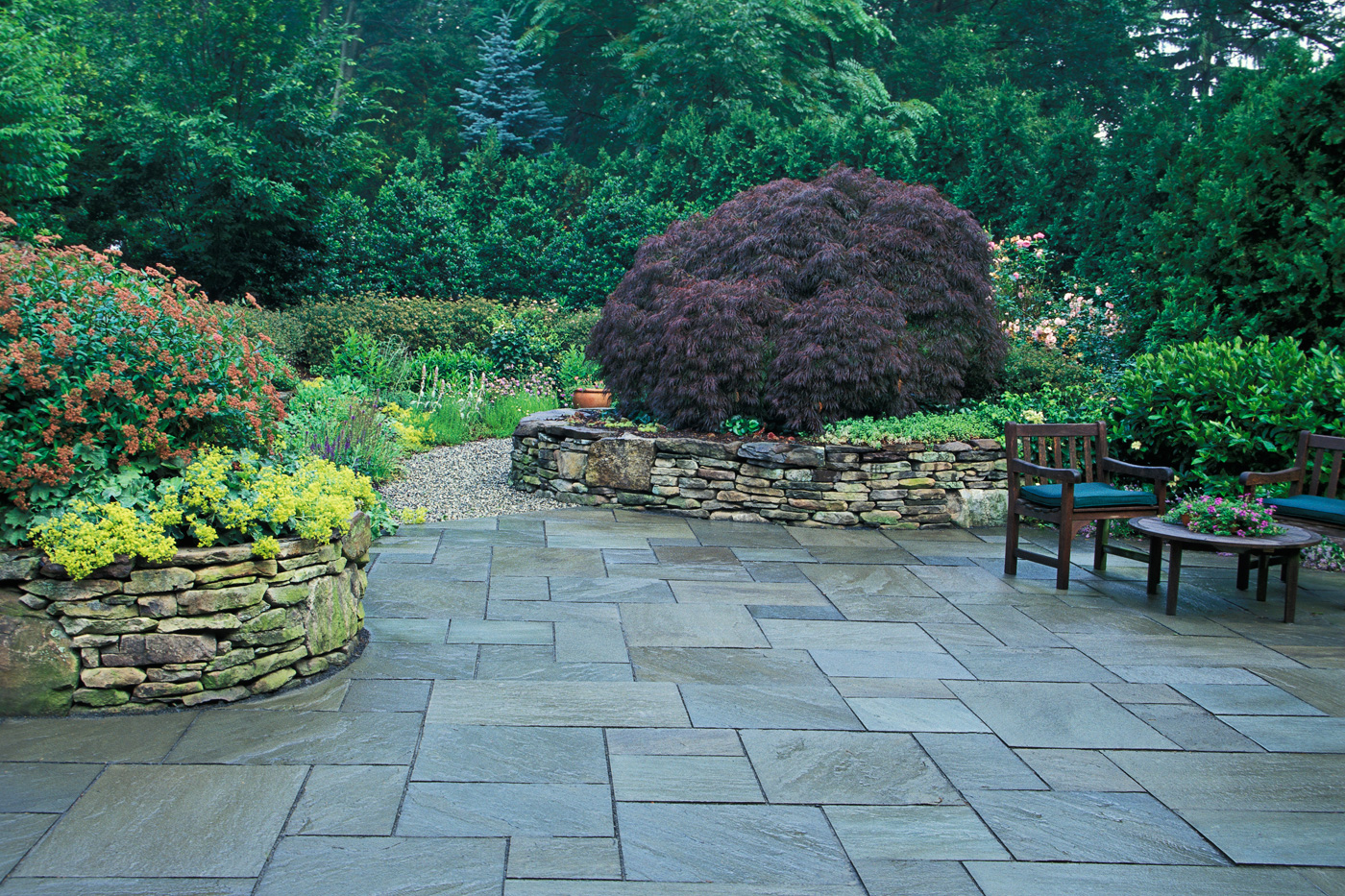 how to build a bluestone patio