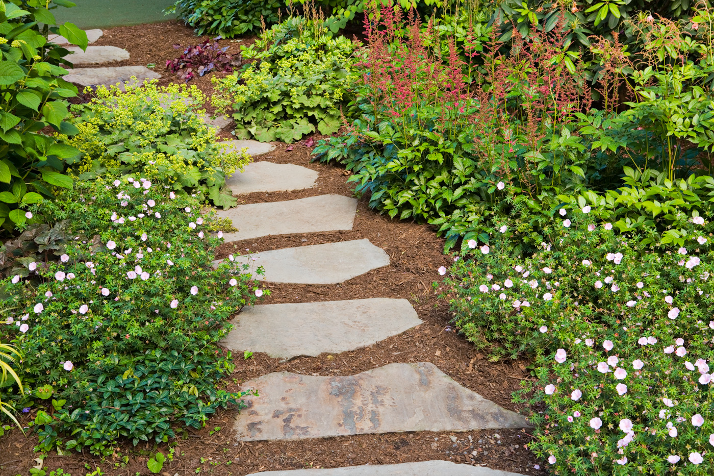 Garden paths new jersey cording landscape design for Landscaping ideas stone path