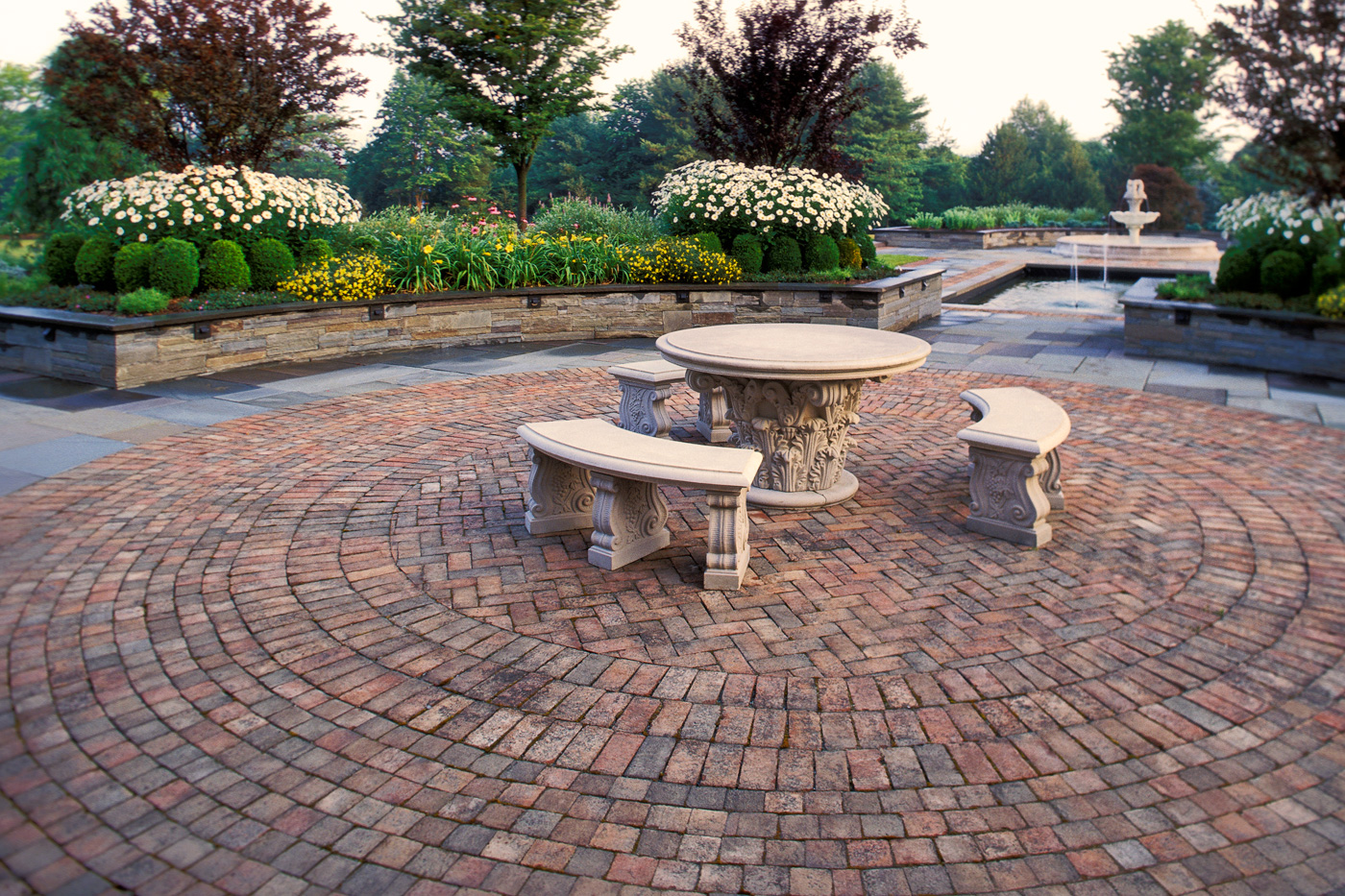 Brick terrace designs native home garden design for Garden designs with stone circles