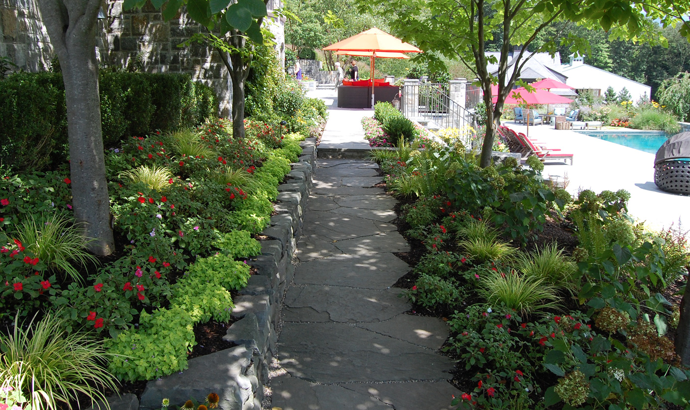 Garden Paths and Stepping Stone Paths - Cording Landscape Design