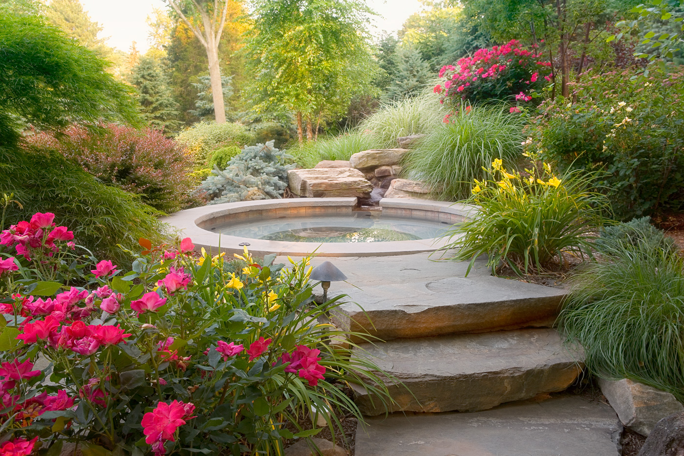 Spas cording landscape design for Designer landscapes